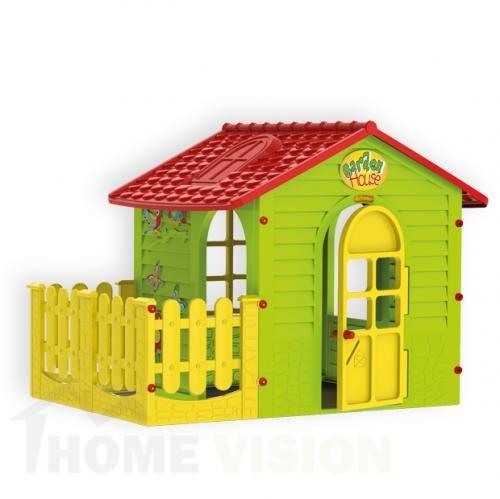Малка къща с ограда